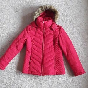Red puffy jacket with fake fur hood  size m